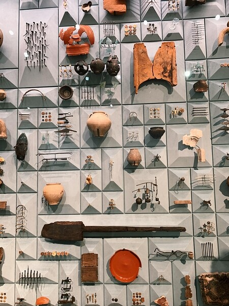 Artifacts from the London Mithraeum